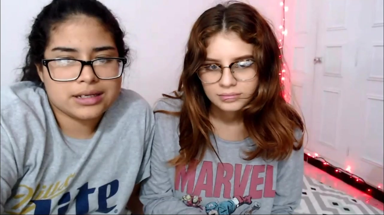 Two amateur girls on webcam