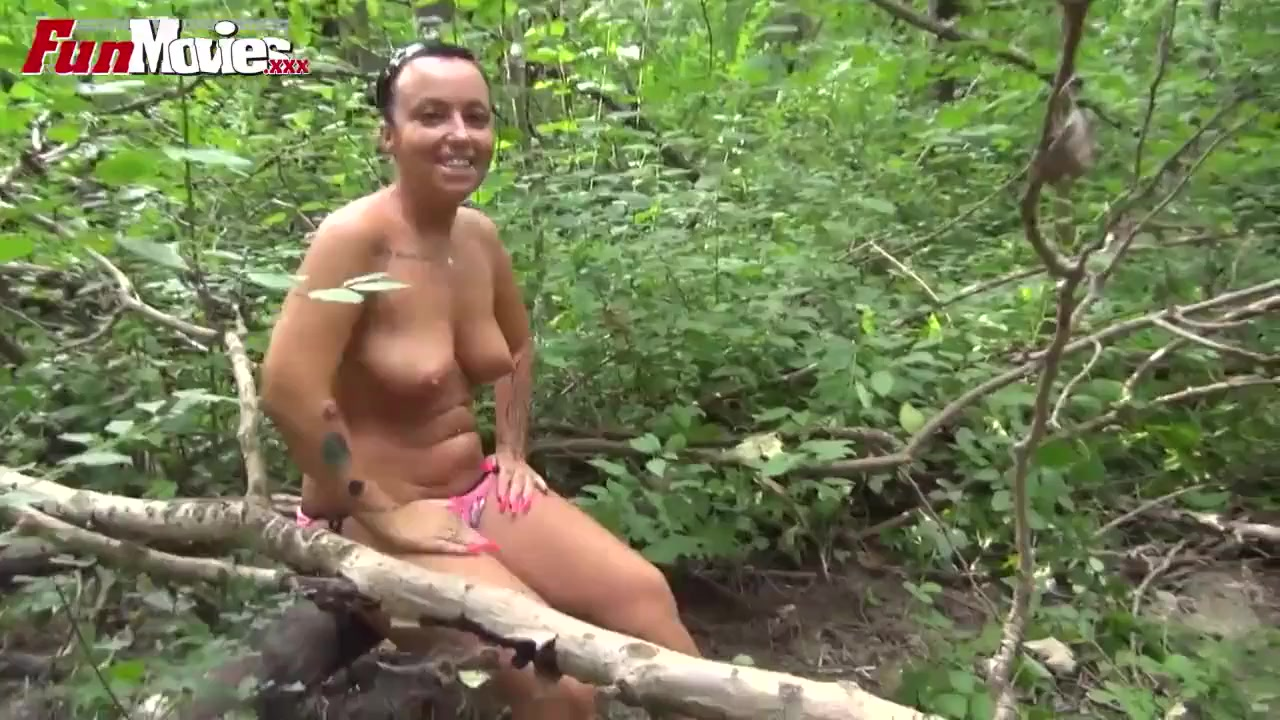 Steamy Austrian Amateur Gangbang Outdoor Video