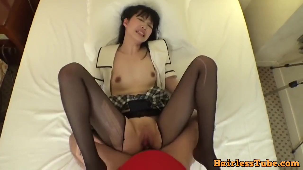 Man gets so excited he fucks babe through pantyhose