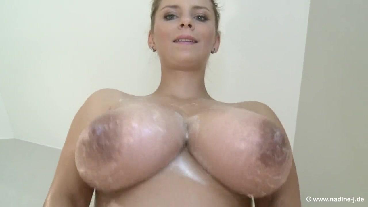Nicky Vs Aymie Vote the best Slut German Goo Girls